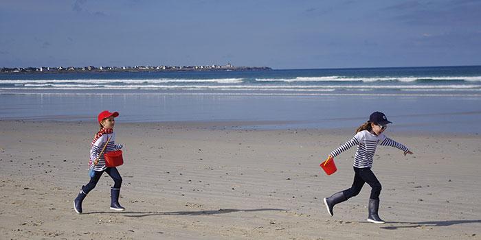 Enfants à la plage de Penmarc'h