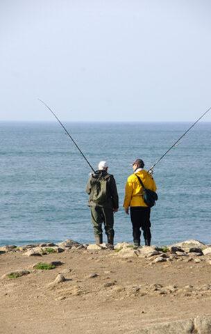 Pêcheurs à la ligne Rochers Saint-Guénolé©P- LeBaillif-OTPEN